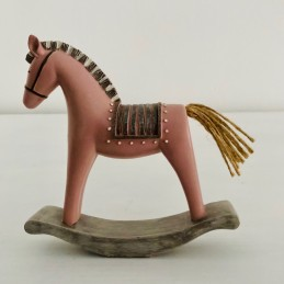 Houpací kůň růžový