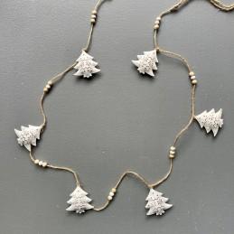 Girlanda bílé stromky plech