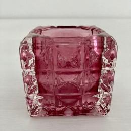Svícen sklo tmavě růžový 7 cm